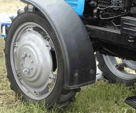 Как провести ремонт трактора, если его колеса «колебают» и «рыскают»